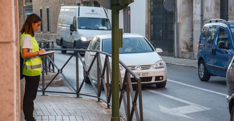 Comienzan las encuestas a pie de calle del PMUS en la ciudad de Tomelloso