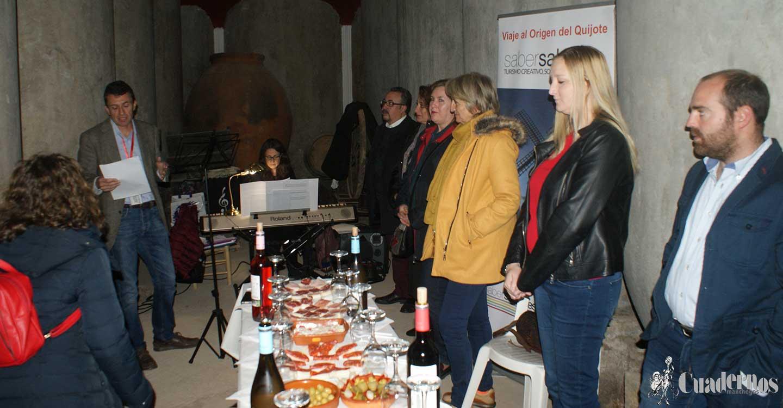 Música y vino se unen en una antigua bodega-cueva de Tomelloso
