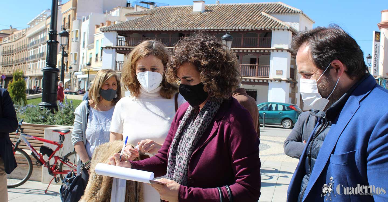 """Dolors Montserrat : """"Venimos a reivindicar la UCI para el Hospital de Tomelloso"""""""