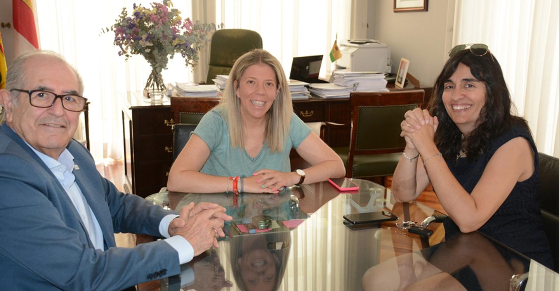 El Ayuntamiento de Tomelloso colaborará con la AECC en un programa de rehabilitación de personas enfermas de cáncer