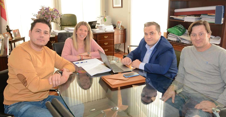 Empresarios y Ayuntamiento de Tomelloso planifican la campaña de Navidad