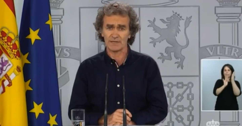 "Fernando Simón, sobre el botellón celebrado en Tomelloso: ""Yo no voy a criminalizar a nadie pero no son situaciones para nada deseables ni recomendables"""