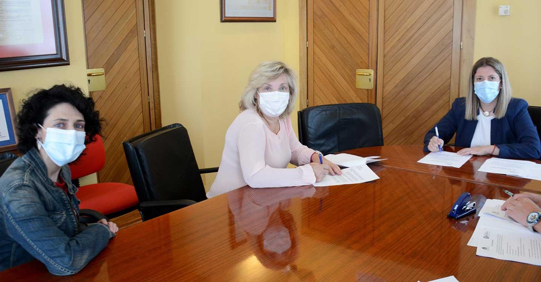 Firmado un convenio entre el Ayuntamiento de Tomelloso y 'Puertas Abiertas' dotado con 20.000 euros