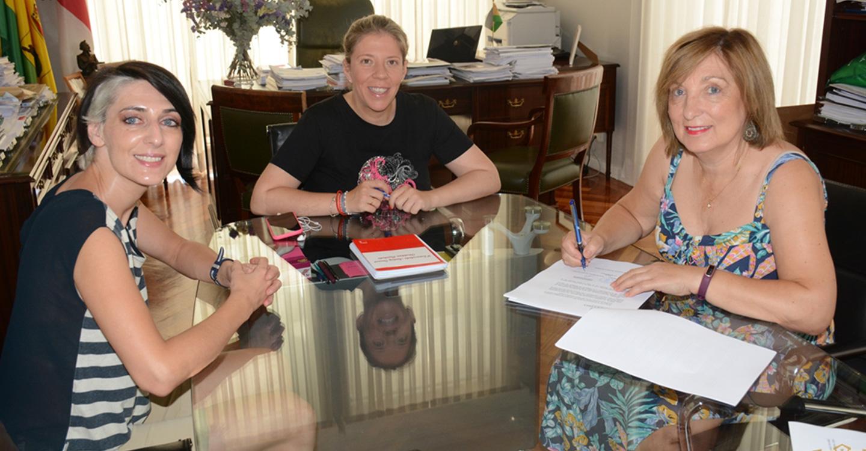 Firmado un convenio de colaboración entre el Ayuntamiento y la asociación Puertas Abiertas