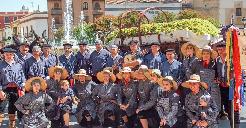 El Grupo Folklórico Virgen de las Viñas suspende el XIX Festival de Mayos