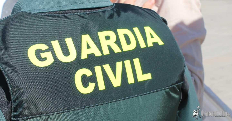 La Guardia Civil  rescata en Tomelloso a 2 personas de avanzada edad de un incendio.