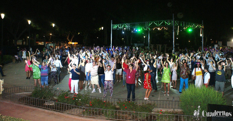 Alta Tecnología, música de los 60 y 70 envolvieron el espectacular ambiente del XII Guateque de los Canuthi celebrado en Tomelloso