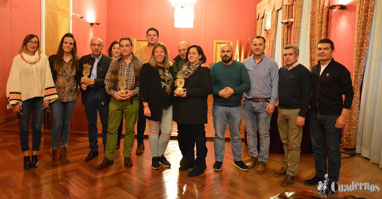 Los deportistas de Tomelloso Antonio Benito, Carlos Perona y Alejandro Parra homenajeados en el Ayuntamiento por sus últimos logros deportivos