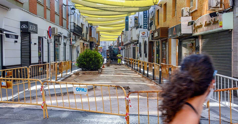 Iniciadas las obras de reparación del firme de la calle Belén del municipio de Tomelloso