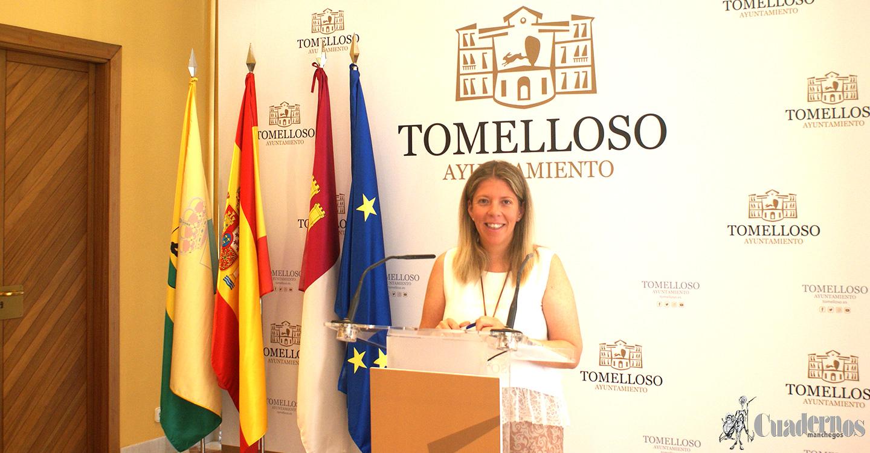 Inmaculada Jiménez firma un decreto por el que se suprime la zona azul en Tomelloso durante la Feria, del 24 al 31 de agosto