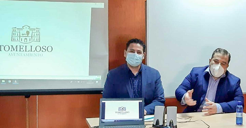 Iván Rodrigo acerca a los empresarios la convocatoria municipal de ayudas al sector