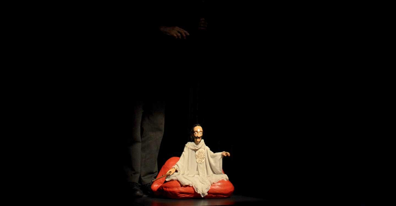 Jordi Bertrán encandila a los escolares con su espectáculo de marionetas