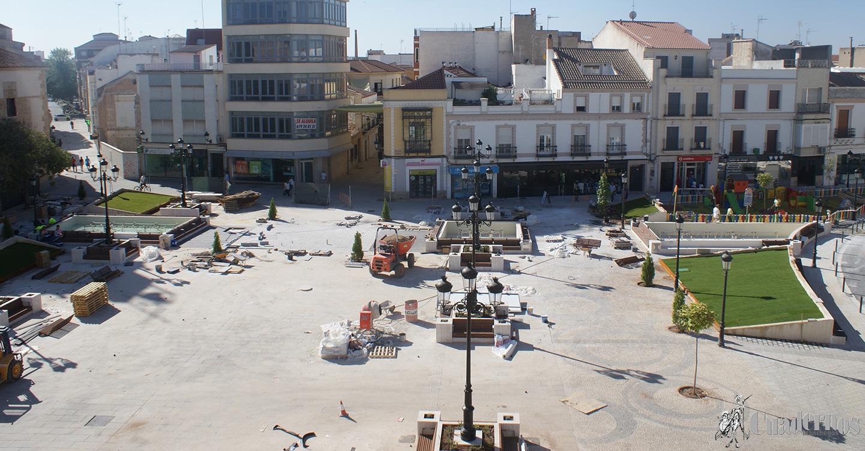 La plaza de España será inaugurada este domingo a las 21´30 h.