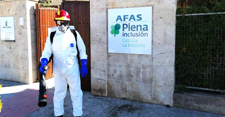 El Parque de Bomberos de Tomelloso está actuando hoy  en labores de desinfección