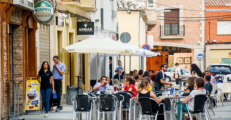 Los hosteleros podrán ampliar sus terrazas durante la Feria y Fiestas