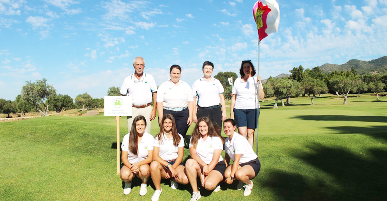 Lucía Salinas y Sara Moreno integrantes del CG Tomelloso participaron en el Campeonato de España de FFAA Femenino