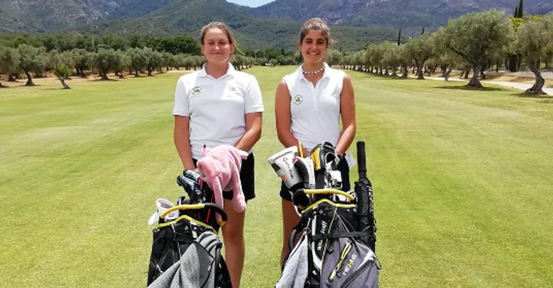 Lucía Salinas y Sara Moreno jugadoras del CG Tomelloso participarán en el Campeonato de España de FAAF de Golf