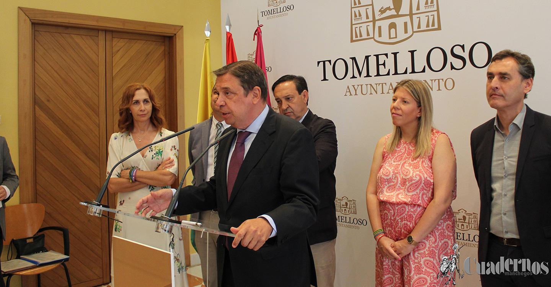 Luis Planas Ministro de Agricultura visita Tomelloso para participar en el XXXV Día del Viticultor