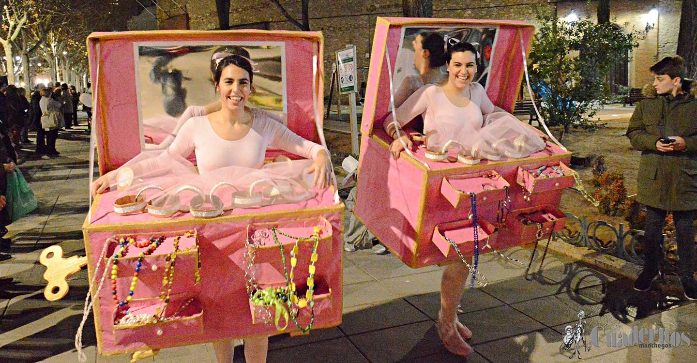 Las máscaras espontáneas de Tomelloso fueron las protagonistas de un desfile de carnaval lleno de humor