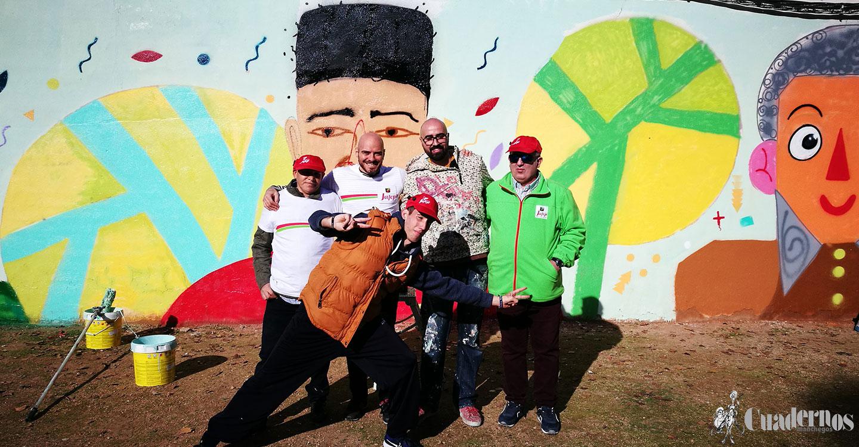 El Paco Galvez ya luce un mural por la inclusión