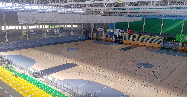 Continúan los trabajos de mantenimiento en los pabellones deportivos de Tomelloso