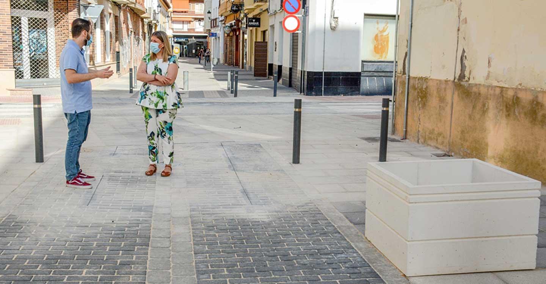 Las obras de remodelación de calle La Palma y el tramo pendiente de Azucena en la localidad de Tomelloso están llegando a su recta final