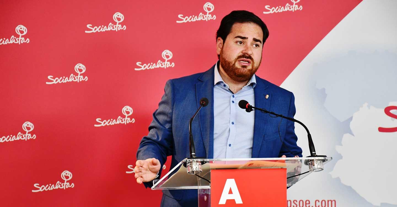 """Pablo Camacho: """"Oportunismo, populismo y demagogia. Quienes exigen una UCI en Tomelloso son los mismos que quisieron vender el Hospital"""""""