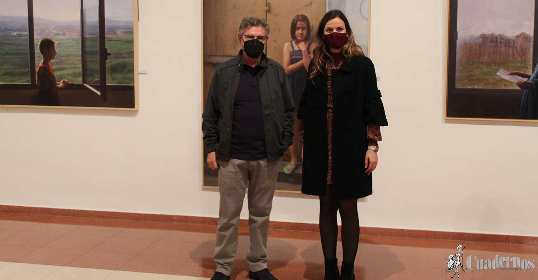 """Pedro Miguel Pérez Villegas : """"Mi pintura realista transmite las escenas cotidianas de la vida de las personas"""""""