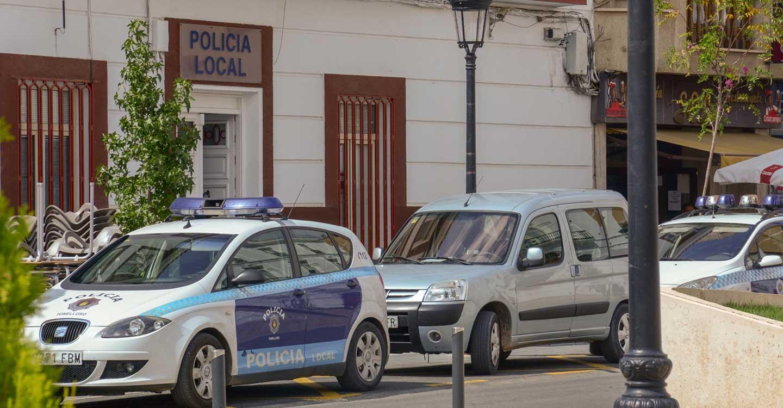 La Policía Local de Tomelloso detiene a una persona por robo en una tienda de ropa