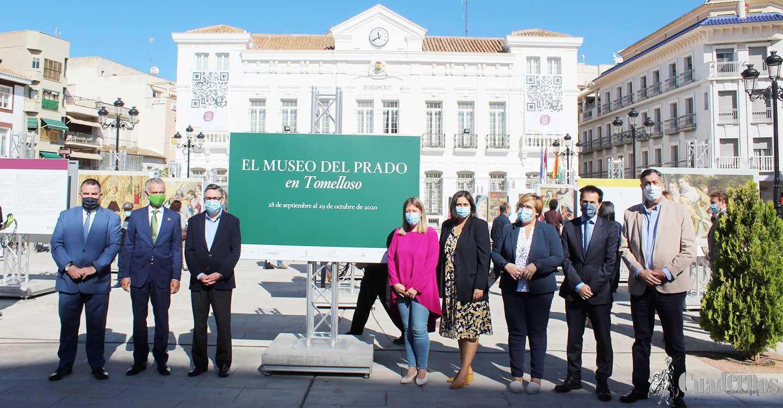 """La exposición """"El Prado en las calles"""" se ha inaugurado hoy en la Plaza de España de Tomelloso con un espectacular museo al aire libre"""