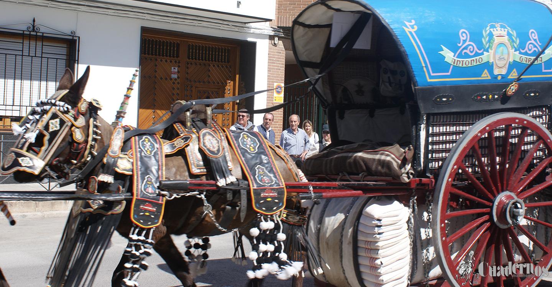 La Hermandad Virgen de las Viñas informa de los premios de los concursos de Carrozas artísticas, Remolques engalanados y Reatas de la Romería de este año