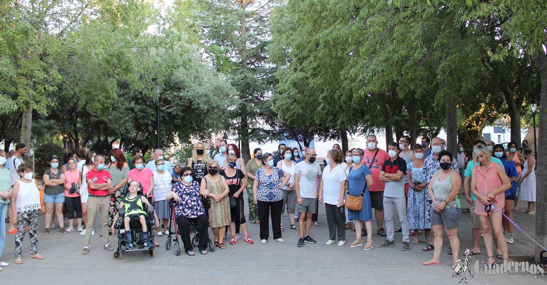El Parque Urbano Martínez de Tomelloso ha sido el lugar de protesta por una agresión producida este jueves pasado y exigen que se tomen medidas para que sea un espacio seguro