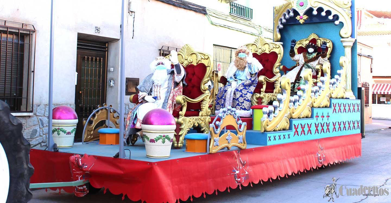 Melchor Gaspar y Baltasar, fieles a su cita con los niños y niñas de Tomelloso, recorren el 90% de calles de la ciudad en una inédita Visita Real