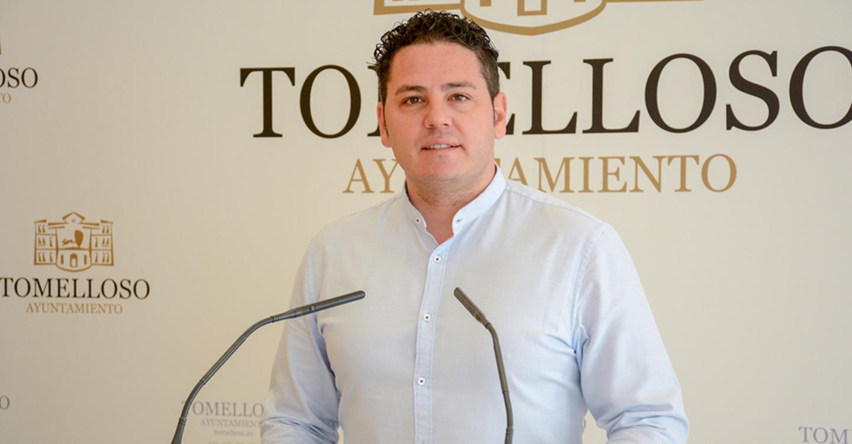 Rodrigo anuncia la apertura de bolsas de trabajo de deportes y auxiliares de mantenimiento en Tomelloso