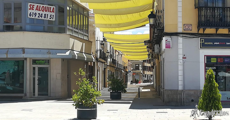 Ya se pueden ver los primeros toldos instalados en la zona centro de Tomelloso