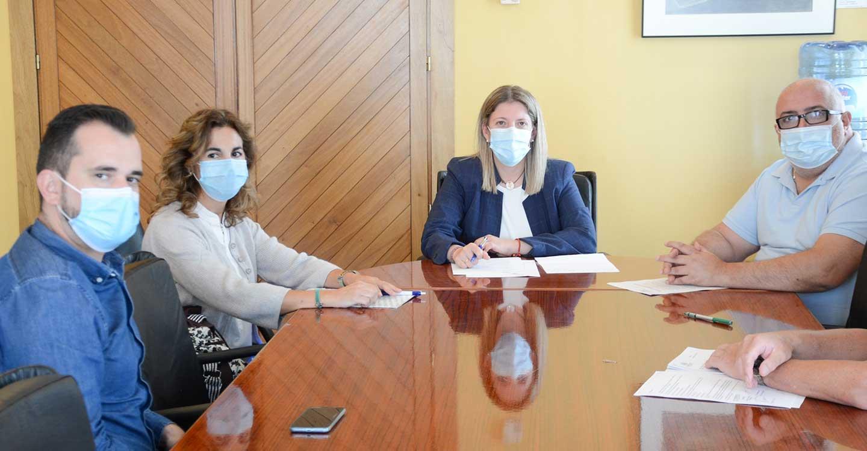 El Ayuntamiento de Tomelloso firma un convenio de colaboración con la Hermandad de la Virgen de las Viñas