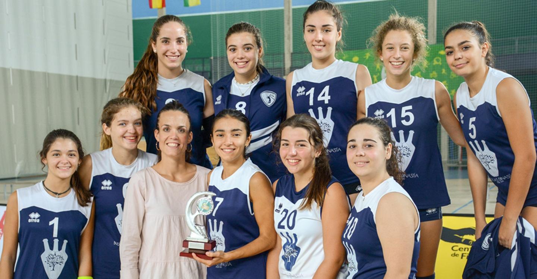 Tomelloso gana el torneo Palletways de voleibol femenino