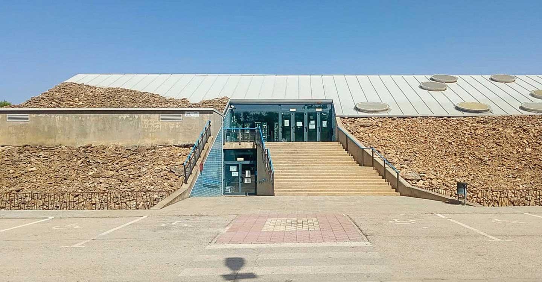 Los trabajos de mantenimiento en instalaciones deportivas de Tomelloso llegan al complejo de piscinas