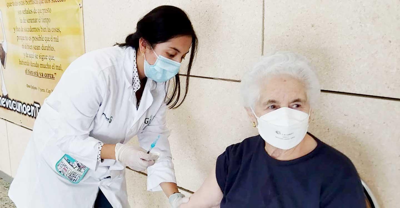 La Gerencia de Tomelloso comienza a vacunar contra la Covid-19 al grupo poblacional de 79 a 70 años