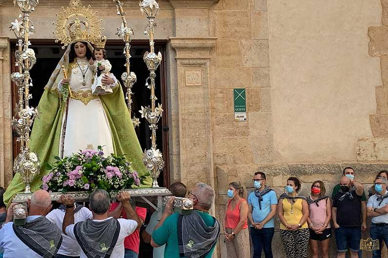 """Inmaculada Jiménez: """"Ha sido emocionante ver salir a la Virgen de las Viñas de Pinilla y llegar a Tomelloso"""""""