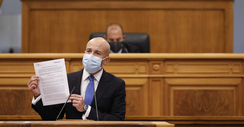El PP se aferra a Cospedal y rechaza la Ley de Ciudadanos para garantizar la carrera profesional sanitaria