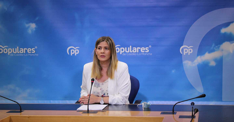 Agudo lamenta que la falta de previsión de Page haya sido la principal causa de la alta mortalidad en Castilla-La Mancha