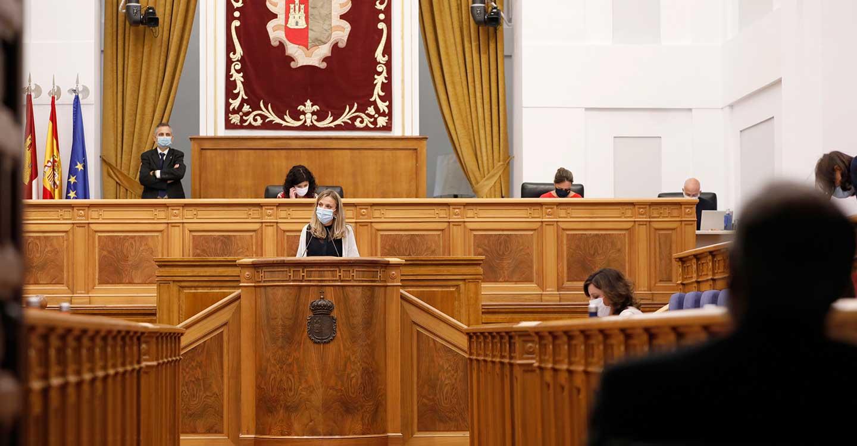 Aprobadas dos proposiciones no de ley en apoyo a la cuchillería de Albacete y para la revitalización de la comarca de Almadén