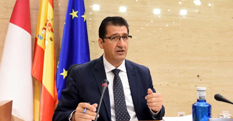 Caballero defiende en las Cortes Regionales que la lucha efectiva contra la despoblación pasa por pactos entre todas las instituciones y partidos