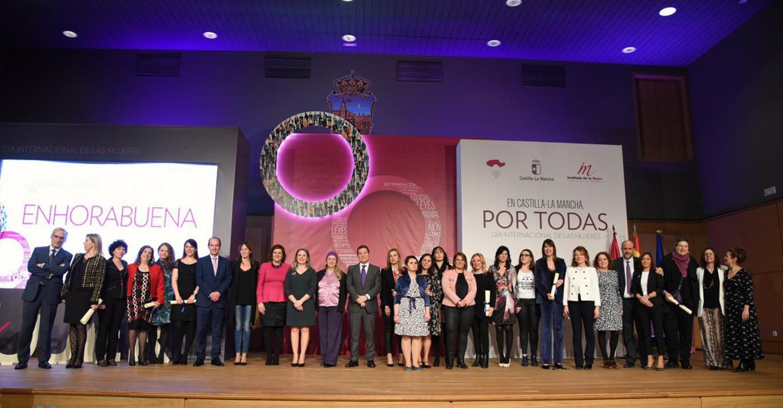 Castilla-La Mancha ha incorporado un 9 por ciento más de mujeres al mercado laboral que la media española desde el inicio de la democracia