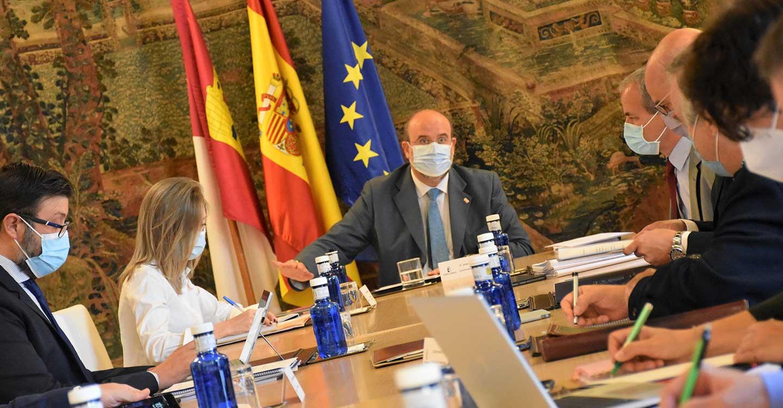 """Castilla-La Mancha propondrá a las regiones afectadas por la despoblación hacer """"frente común"""" para captar los fondos de recuperación europeos"""