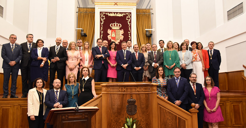 Constituida la X Legislatura de las Cortes de Castilla-La Mancha