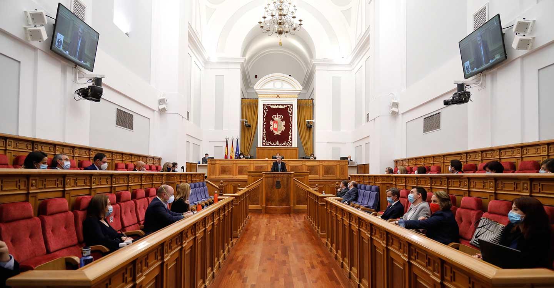 Las Cortes regionales aprueban seis resoluciones de PSOE y Cs con medidas de respuesta a la pandemia del coronavirus