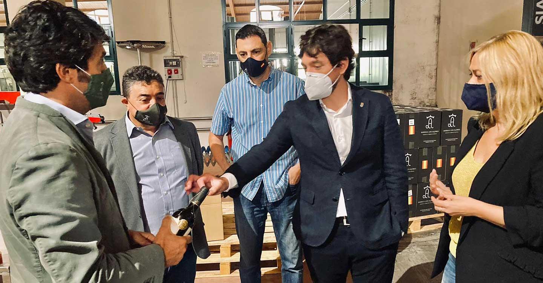Ciudadanos reivindica que la industria del vino