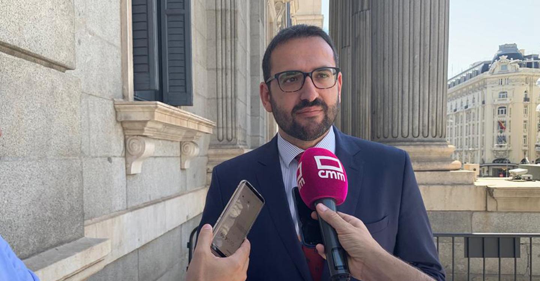 El diputado por Albacete Manuel González Ramos será portavoz de la Comisión de Economía y Empresas, mientras que el parlamentario por Cuenca Luis Carlos Sahuquillo ocupará la portavocía de Políticas Integrales para la Discapacidad.